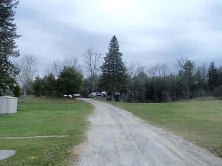 Campground Road to overnight sites