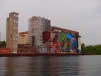 Painted murals - Midland Harbour