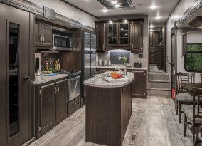 2018-KZ-RV-Durango-2500-D325RLT-Fifth-Wheel-Kitchen